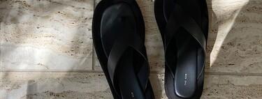 Clonados y pillados: las famosas sandalias Ginza de The Row tienen su doble en la nueva colección de Mango