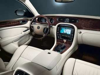 Interior del Daimler Super Eight