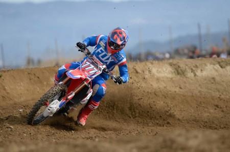 Dunlop, a la búsqueda del título en el Campeonato del Mundo de Motocross