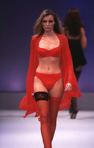Esther Canadas 1997 Victorias Secret