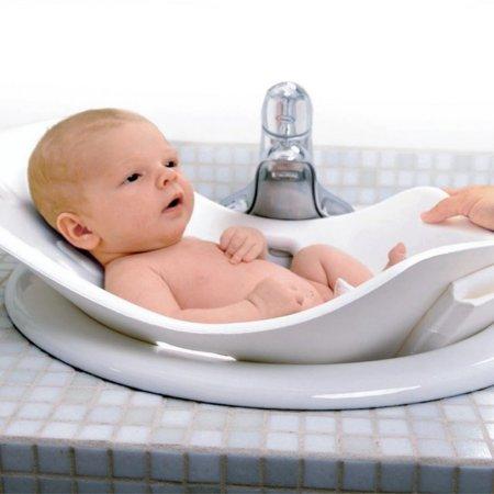 Bañera flexible para colocar en el lavabo y bañar al bebé