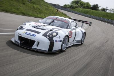 Ligereza, eficiencia, efectividad y economía para el Porsche 911 GT3 R 2015