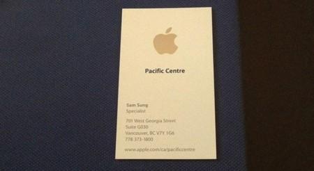 Sam Sung trabajó para Apple y ahora subasta su tarjeta de identidad (Y no es broma)