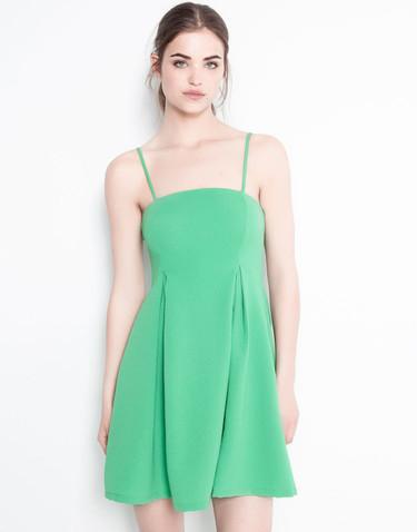 ¿Una graduación en verde? 10 vestidos para ir a la última