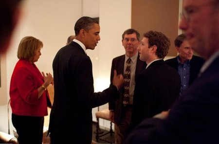 Obama con los grandes de la red para reactivar la economía mientras Europa les quiere cobrar un peaje