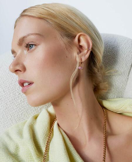 La diadema turbante con aires rústicos de Parfois es el accesorio de pelo ideal para las noches de verano (y las ceremonias de otoño)