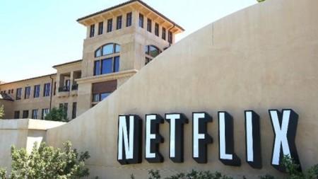 Netflix dará una baja remunerada de un año a los empleados que tengan hijos