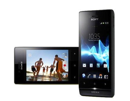 Sony Xpera Miro, un teléfono más social