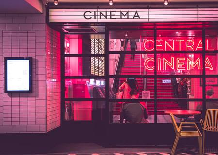 StayIn, responde un par de preguntas y recibe una recomendación de película que ver según tu estado de ánimo