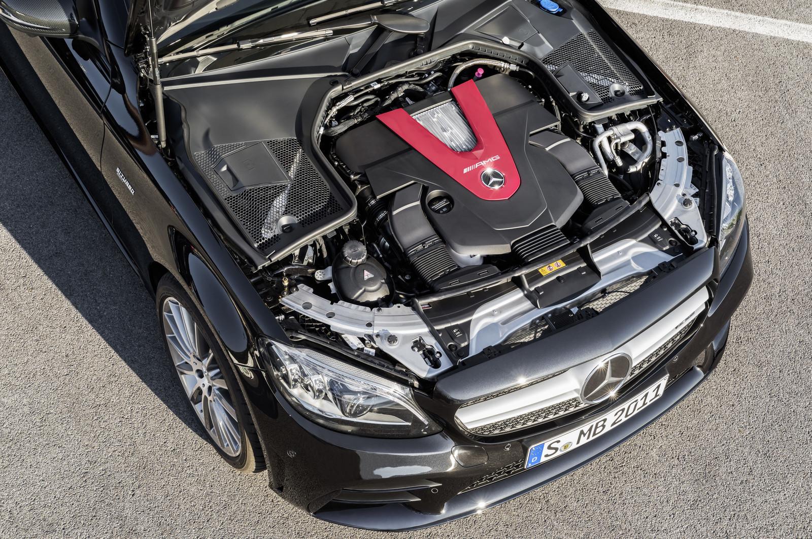 Foto de Mercedes-AMG C 43 4MATIC 2018 (10/28)