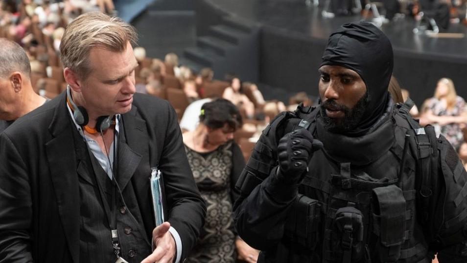'Tenet': Christopher Nolan explotó un auténtico jet 747 para una escena y su protagonista afirma que la película cambiará el cine