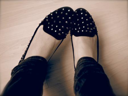 slippers tachuelas