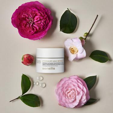 La crema con Retinol para pieles sensibles y para usar a diario ha llegado, es la Eternalist A.G.E. de Sensilis