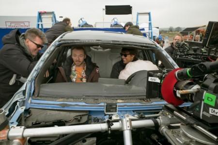 Christopher McQuarrie con Simon Pegg y Tom Cruise en el rodaje