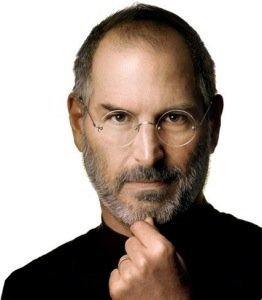 Steve Jobs se coloca en segundo plano en Apple
