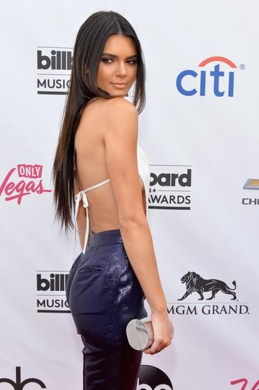 En los Billboard Music Awards los aciertos en la alfombra brillan por su ausencia...
