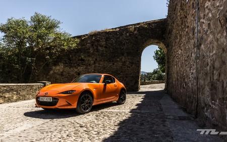 Probamos el Mazda MX-5 30 Aniversario, el homenaje a una leyenda que lleva regalando sensaciones desde 1989