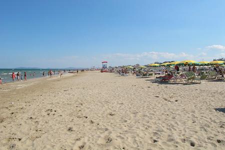 Emilia Romaña: rincones que visitar. Playa en el Adriático