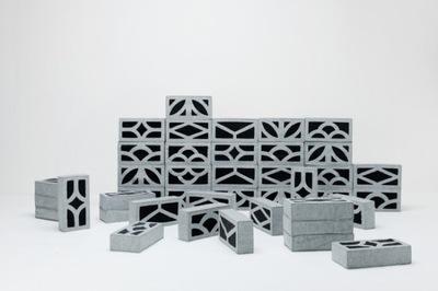 Cojines que imitan bloques de hormigón para construir asientos y colchones