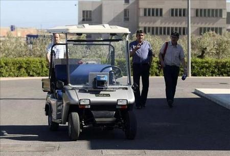 Ingenieros de la Universidad de Alicante son capaces de hacer coches autónomos a bajo coste