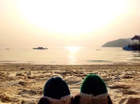 Estos dos patos de lana han viajado más que la mayoría de nosotros... y nos lo cuentan todo en Facebook