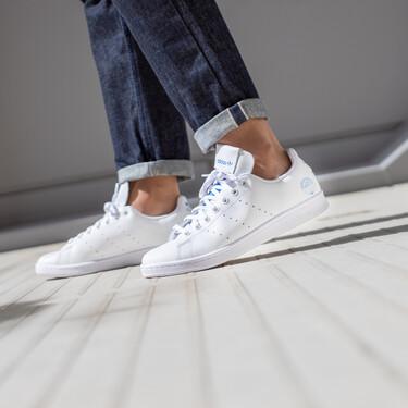 Once zapatillas blancas de Nike, Adidas, Reebok y más por menos de 100 euros para comenzar con estilazo la semana