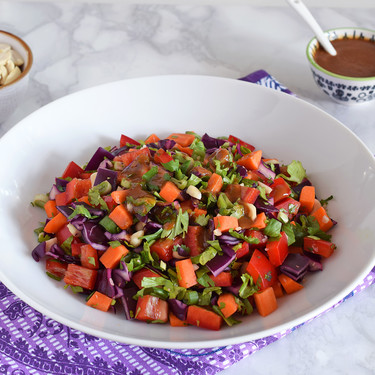 Esta ensalada tailandesa se hace en diez minutos (y está de muerte)