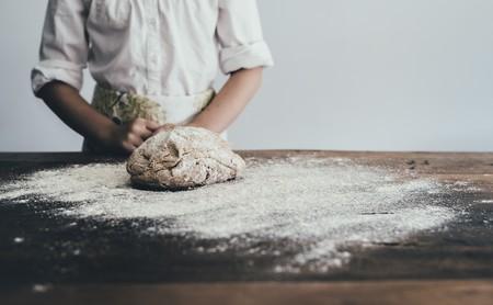 """Todo lo que tienes que saber sobre la nueva """"ley del pan"""": bajo en sal, IVA reducido, pan 100% integral y masa madre regulada"""