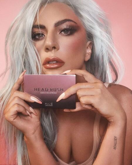 Lady Gaga presenta su primera paleta de maquillaje de mejillas que ya estamos deseando que llegue a Amazon