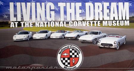 Chevrolet ayudará a reconstruir los ocho Corvette destrozados en el National Corvette Museum