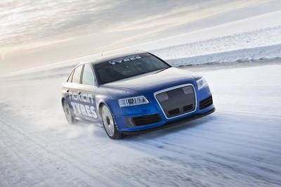 El Audi RS6 de los 336 km/h sobre hielo ataca de nuevo