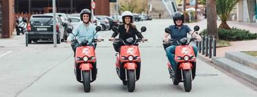 Los problemas del auge del motosharing en España: hay más de 10.000 motos de alquiler y todas necesitan su aparcamiento