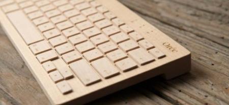Teclado de madera e inalámbrico