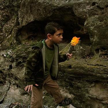 Linterna antorcha para jóvenes exploradores