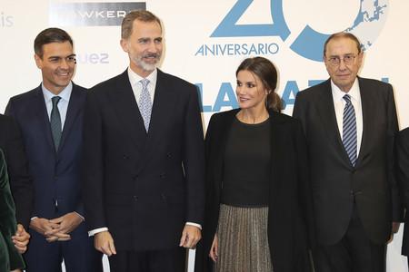 Doña Letizia estrena una preciosa falda de fiesta de Zara en el 20º aniversario del periódico La Razón