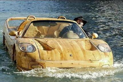 Un Ferrari de madera