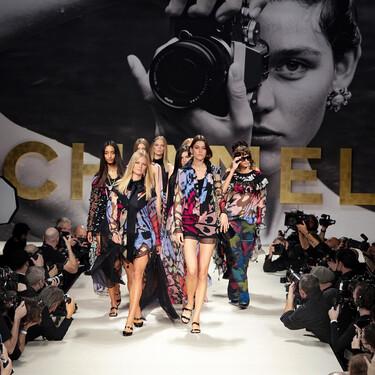 Este es el look de la colección Primavera-Verano 2022 de Chanel que podemos recrear en casa por mucho menos