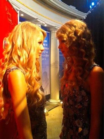 Taylor Swift se marca un doble