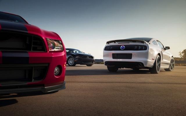 Foto de Ford Mustang 2014 (13/18)