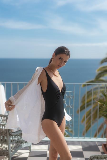 Caia Beachwear2