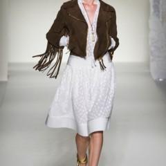 Foto 39 de 43 de la galería moschino-primavera-verano-2012 en Trendencias