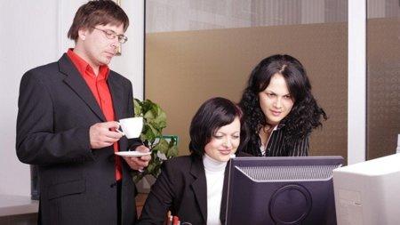 ¿Son más productivos los trabajadores que ven vídeos por Internet en la oficina?