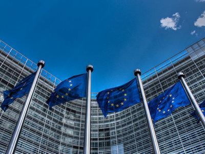 """Google se defiende ante las acusaciones de la UE: las tacha de """"incorrectas"""" e """"infundadas"""""""