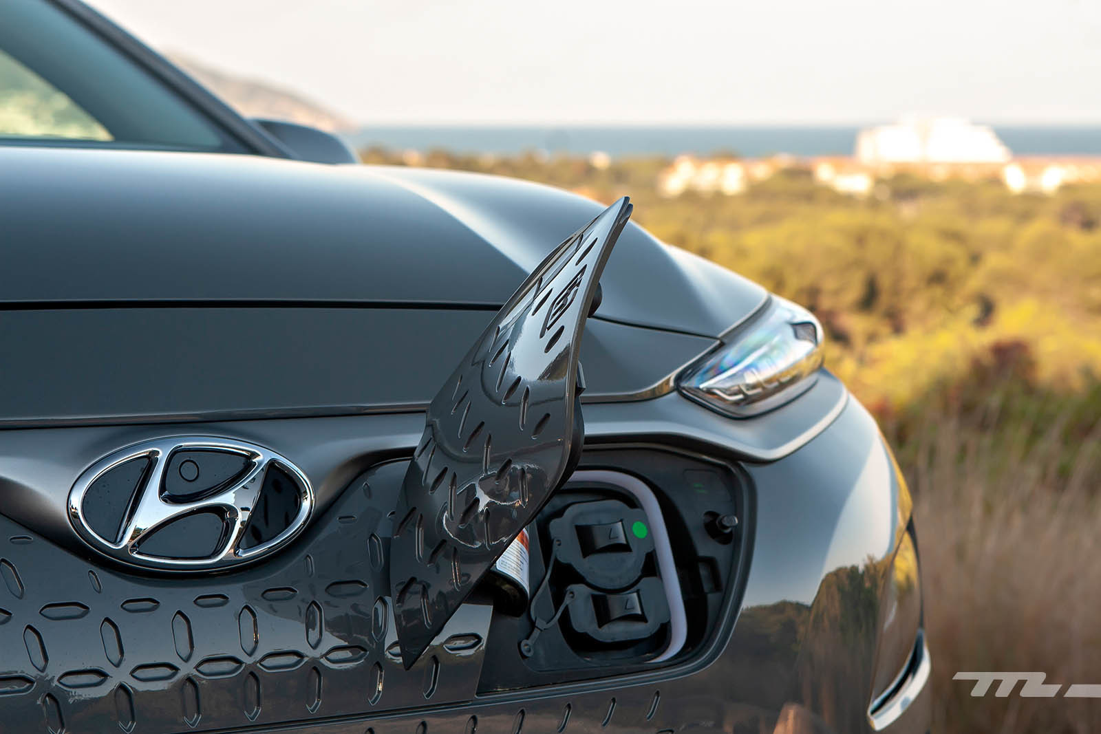 Foto de Hyundai Kona Eléctrico 150 kW (16/26)
