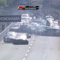 ¡Impactante accidente en el WTCR! Rob Huff y Mehdi Bennani pelean y el coche del marroquí sale volando
