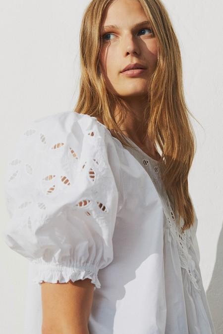 Blusas Blancas 2020 03