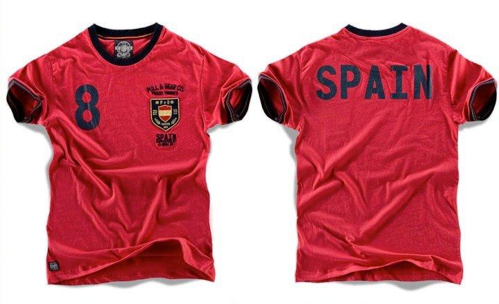 Foto de Pull & Bear y sus camisetas mundialistas (2/7)