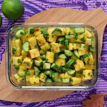 Ensalada de piña, pepino y cacahuetes: receta rápida, ligera, saludable y deliciosa