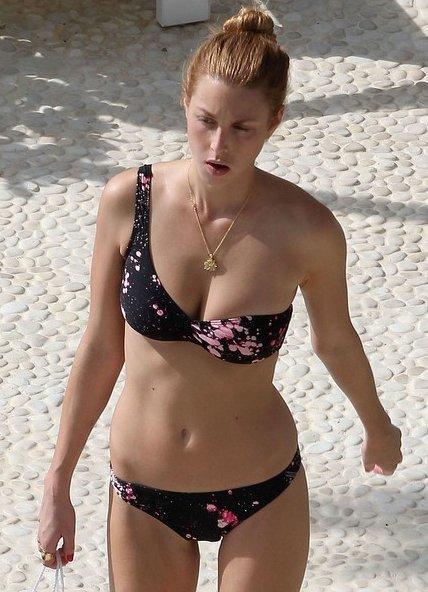 bikini un tirante cara