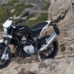 Foto 21 de 111 de la galería husqvarna-nuda-900-y-900r-datos-y-fotos-oficiales en Motorpasion Moto